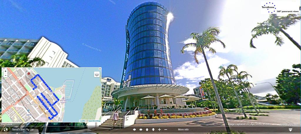 Cairns CBD - Riley Hotel
